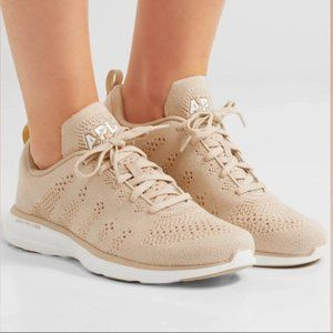 APL NWT Techloom pro wheat cashmere blend sneakers size 8